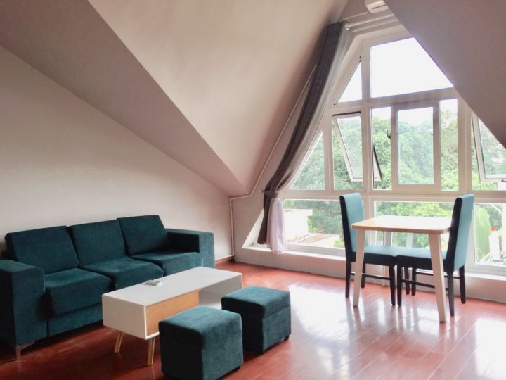 1 bedroom apartment with nice view, high and airy, bright light for rent in To Ngoc Van, Tay Ho