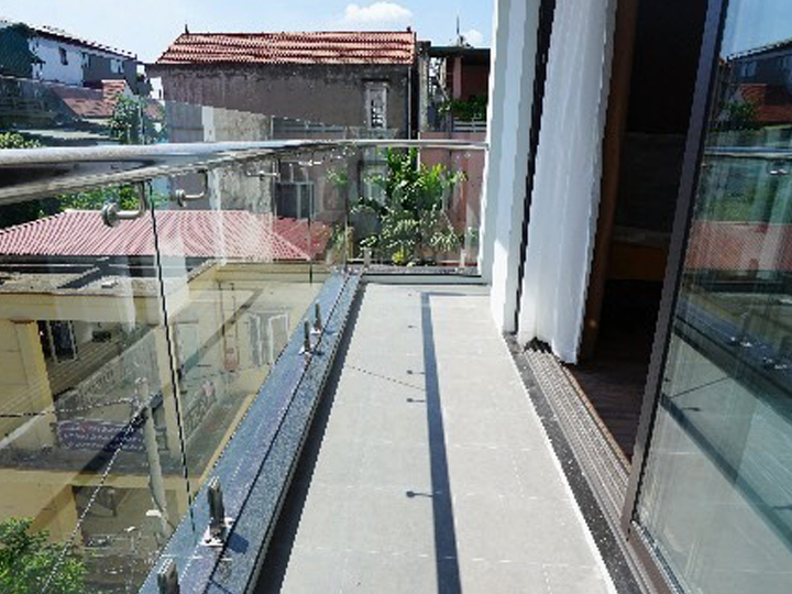 1 bedroom apartment with window and large balcony, nice view in Quang Khanh