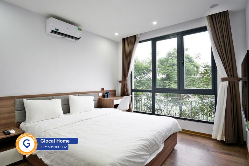 1 bedroom apartment with green trees view in Trinh Cong Son