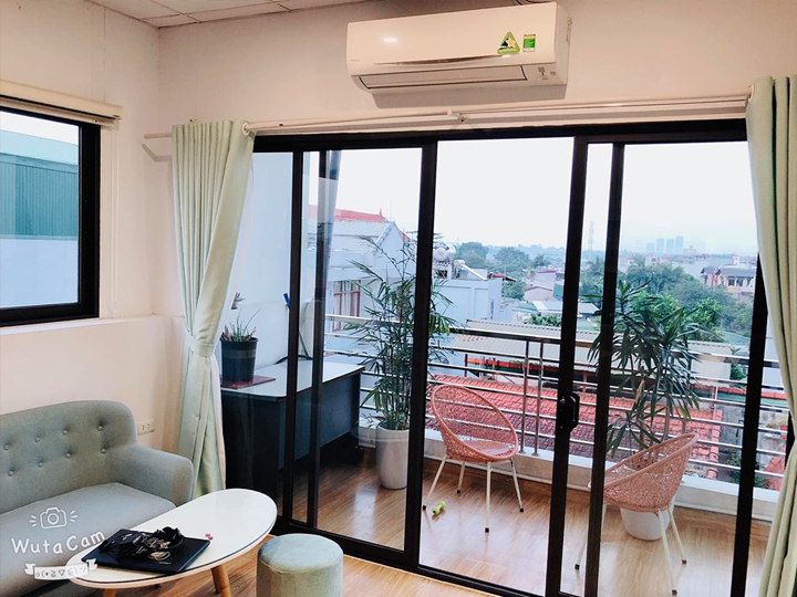 One-bedroom apartment with large balcony and car parking in Au Co
