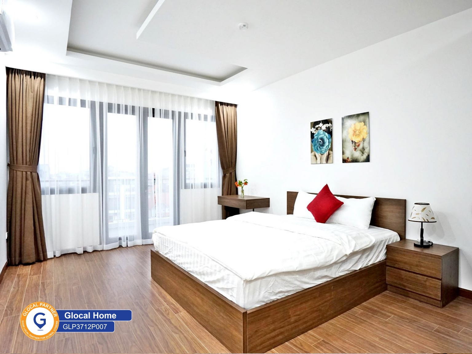 1 bedroom Apartment with large balcony in Xuan Dieu