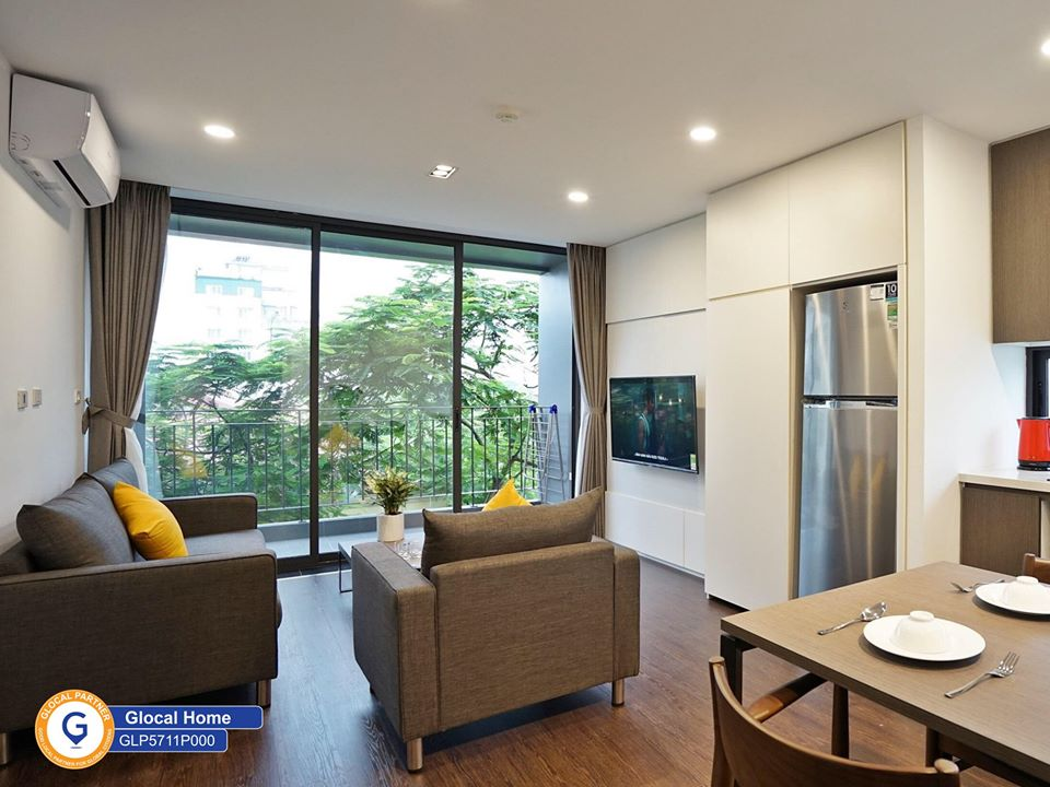 Apartment with 1 bedroom, large balcony in To Ngoc Van