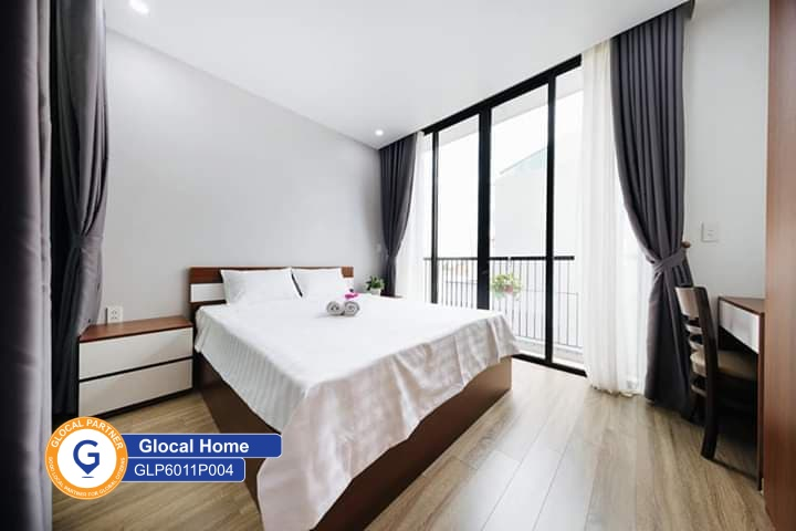 Apartment with 1 bedroom with large window, nice view in To Ngoc Van