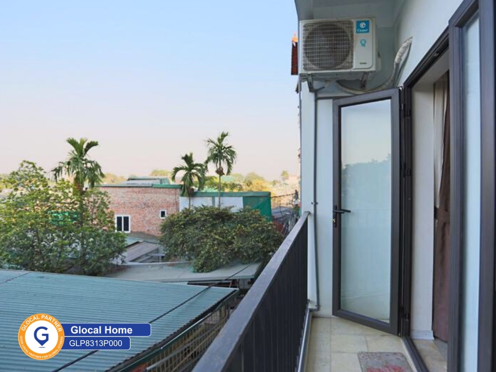 One-bedroom apartment with large window and balcony with lots of natural light in Au Co