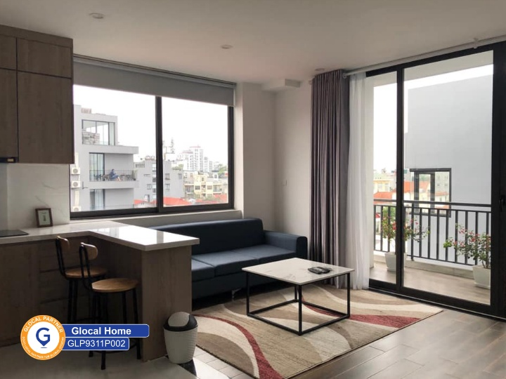 Large 1-bedroom apartment with many windows and balcony in To Ngoc Van