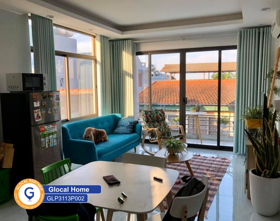 One bedroom apartment with balcony and lots of natural light in Au Co