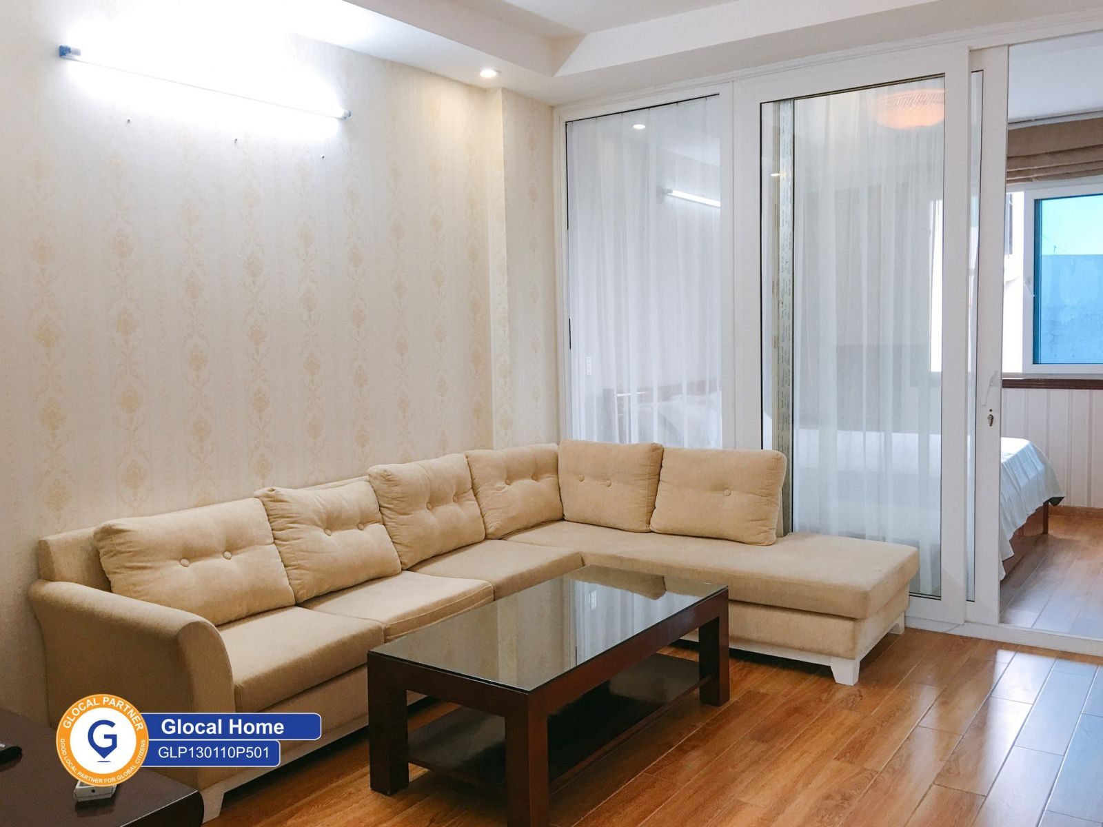 2 bedroom apartment, many windows with natural light in Yen Phu