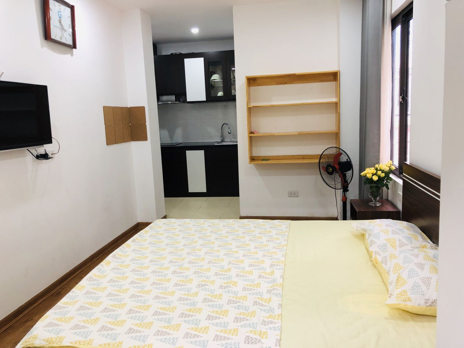 Studio room for rent with balcony and window of natural light at To Ngoc Van, Tay Ho District.